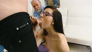 Nerdy brunette Alla loses the brush virginity forward one kinky old doctor