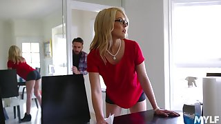 Having dropped a visit to bearded stud nerdy MILF Tiffany Fox enjoys cuni