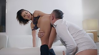 Libidinous pleasures with a devoted to woman despairing cock