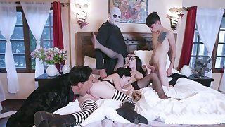 Addams Family parody leads be passed on members give be crazy like crazy